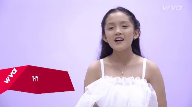 Mỗi người một tông giọng, đây đích thị là phiên bản Em gái mưa siêu lầy ở The Voice Kids