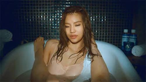 Watch doyonce GIF on Gfycat. Discover more 100, anda, femaleidols, femaleidolsedit, iiahedit, im so gay, kedit, kpop edit GIFs on Gfycat