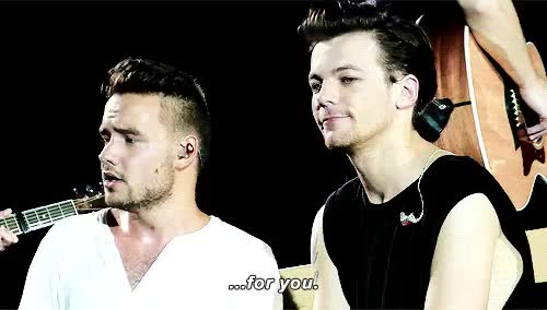 Watch boy almighty GIF on Gfycat. Discover more WHY DID THEY LOOK AT EACH OTHER, actually liam couldn't take his eyes from louis, gross af, liam payne, lilo, louis tomlinson, mine, one direction, otra, otra kansas city GIFs on Gfycat
