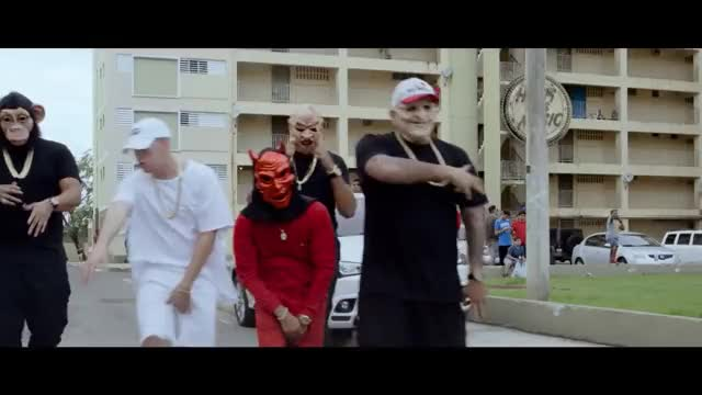 Watch and share Arcangel X Bad Bunny - Tu No Vive Asi [Video Oficial] GIFs on Gfycat