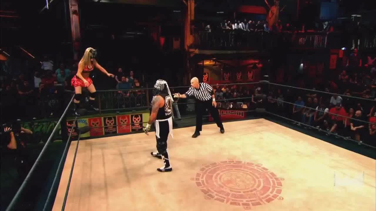 LuchaUnderground, SquaredCircle, Lucha Underground - Pentagon Jr. hits the Angel's Wings! GIFs