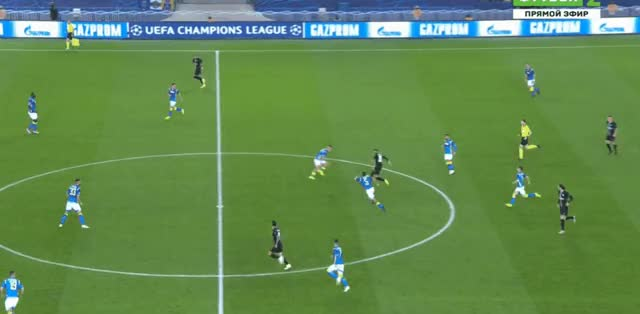 Watch and share Neymar Short Pass Vs Napoli 18-19 02 GIFs by FIFPRO Stats on Gfycat