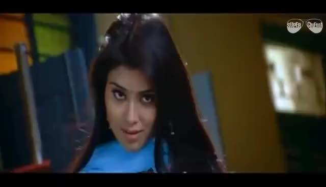 Watch and share Kelamal Kaiyile    Full Tamil Video Song    Vijay, Shriya Saran    Sriram     Saindhavi GIFs on Gfycat