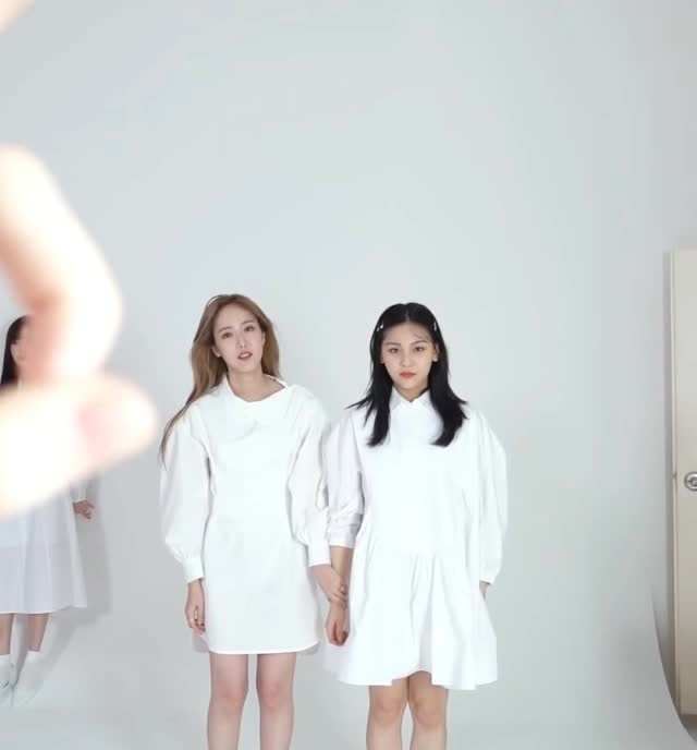 Watch and share 여자친구 신비 엄지4 GIFs by koreaactor on Gfycat