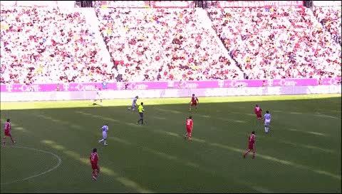 Watch and share Rafael Van Der Vaart. Bayern Munich - Hamburger. 2006-07 GIFs by fatalali on Gfycat