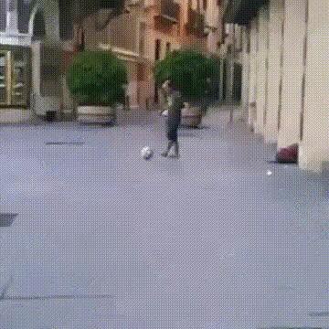 madtekkers, Gravity-defying street tekkers GIFs