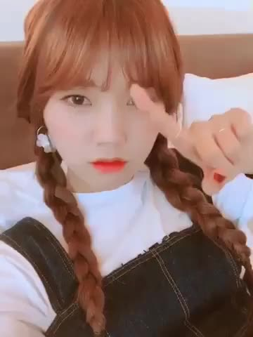 Watch and share OH! MY GIRL  — [Mimi] Bang Bang 🤦🏻♀️🤦🏻♀️ GIFs by auxo13 on Gfycat