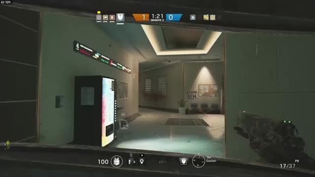 Watch and share Cut Rainbow Six Siege GIFs by lockarth on Gfycat