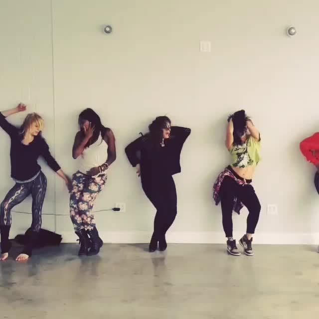 lizgillies, Rehearsal (reddit) GIFs