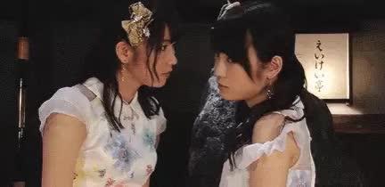 Watch and share Yokoyama Yui GIFs and Kawaei Rina GIFs by popocake on Gfycat