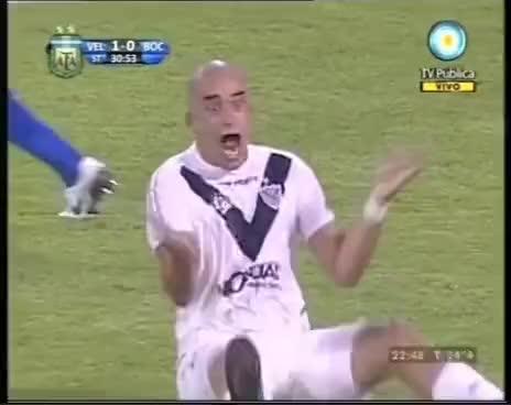 Watch Silva GIF on Gfycat. Discover more football, silva GIFs on Gfycat