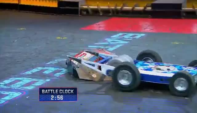 Yeti vs. Lucky - BattleBots GIFs