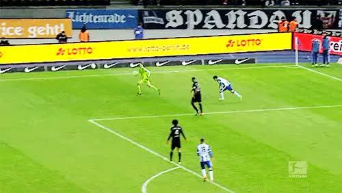 Watch this trending GIF on Gfycat. Discover more Manuel Neuer, bayern munich, fc bayern munich, fc bayern münchen, my gifs GIFs on Gfycat