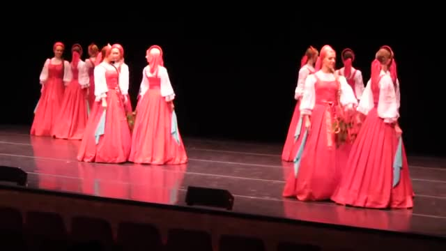 Watch and share Russian Folk Dance GIFs and Danza Popular Rusa GIFs on Gfycat