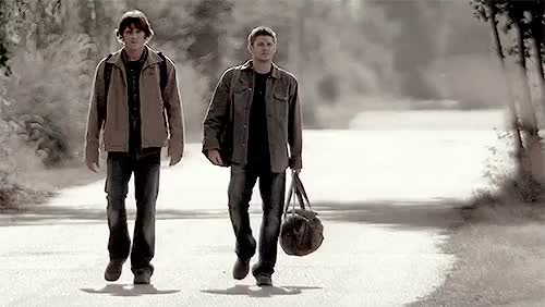 Watch The Tall One and The One With The Bowlegs (2x02) GIF on Gfycat. Discover more 202, brothers, e, g202, greencircles, i can stare at those forever, lipglosskaz, mine: brothers, mooseleys, s2, s2gifs, sorry i am totally spamming you but i dont car, spnedit, supernatural, supernaturalapocalypse, this season got so many beautiful shots, yaelsgifs GIFs on Gfycat