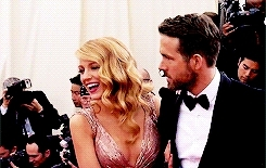 blake lively, by klaida, celebs, gifs, gossip girl, rreynoldsedit, ryan reynolds, Ryan Reynolds Source GIFs