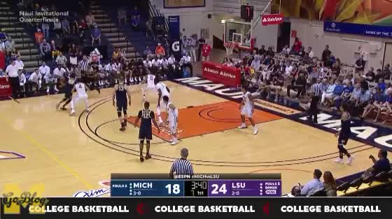 Watch Matthews/Wagner Side Screen, Wagner And-One GIF by MGoBlog (@mgoblog) on Gfycat. Discover more 2017-18, And-One, Basketball, Charles Matthews, LSU, Maui Invitational, Michigan, Moe Wagner, Moritz Wagner, Pick & Roll GIFs on Gfycat
