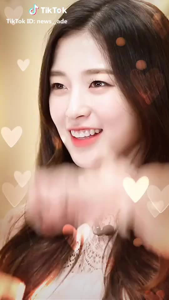 Watch Arin GIF by @harlequinn__ on Gfycat. Discover more arin, choiyewon, ohmygirl GIFs on Gfycat