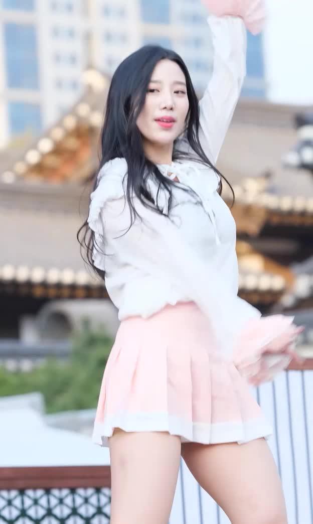 Watch and share 베리굿 조현002 GIFs by koreaactor on Gfycat