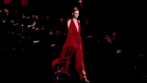 Watch catwalk GIF on Gfycat. Discover more cara delevingne, gifs and pics cr to owners, i am so dorky, just for fun, karlie and taylor, karlie kloss, kaylor, kaylor4ever, klossy, lmao, mega post, sunshine karlie, taylor swift GIFs on Gfycat
