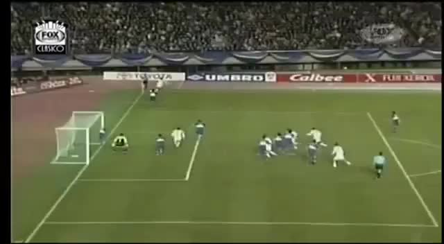 Watch and share Final Completa Copa Intercontinental 2000: Boca Juniors Vs Real Madrid (Partido Completo) GIFs on Gfycat
