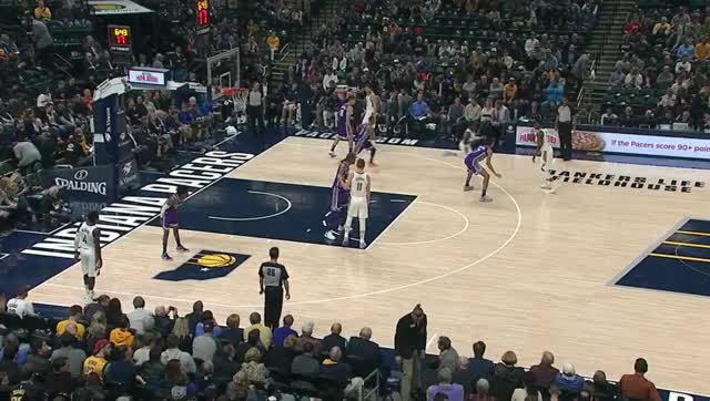 Watch and share Sabonis To Cutter GIFs by Algimantas Bružas on Gfycat