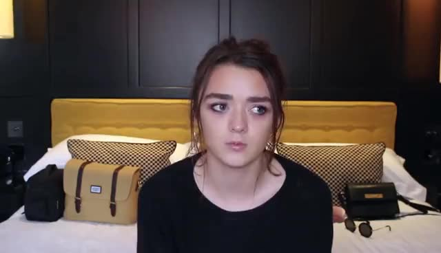 maisie williams, WELCOME TO MY CHANNEL - Maisie Williams GIFs