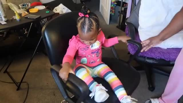 Watch JAYLA GOT HER HAIR DONE AT THE SALON! | JAYLA'S NEW HAIRSTYLE 👶🏽👶🏾😍 GIF on Gfycat. Discover more Jayla, Pregnancy, Twins, diet, expecting, fitness, health, jaxson, teamtransformation, thesocialitelife, thesocialitelifetv, workout GIFs on Gfycat