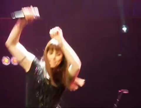 Albert, Hall, Helping, Live, Mel, Melanie, Royal, Wish, Melanie C at Royal Albert Hall GIFs