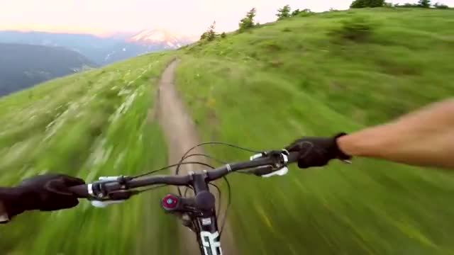 Watch and share Descente GIFs and Sport GIFs by meskal on Gfycat