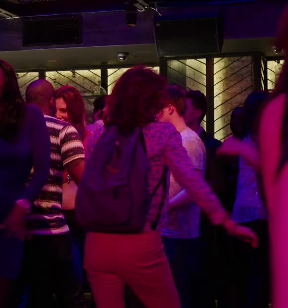 dancing, ellie kemper, party time, unbreakable kimmy schmidt, Ellie Kemper in 'Unbreakable Kimmy Schmidt' [S01E01] GIFs