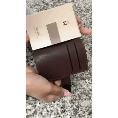 Watch detachable cover - brown GIF by Manning Wodnerson (@maniwodners) on Gfycat. Discover more Creditcardwallet, Precision Engineered, aluminum wallet GIFs on Gfycat