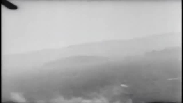 Watch Luftwaffe Piggy Back planes getting shot down GIF on Gfycat. Discover more 190, bombers, focke wulf, german, gun cam, junkers 88, mistral, usa, war thunder, ww2 GIFs on Gfycat