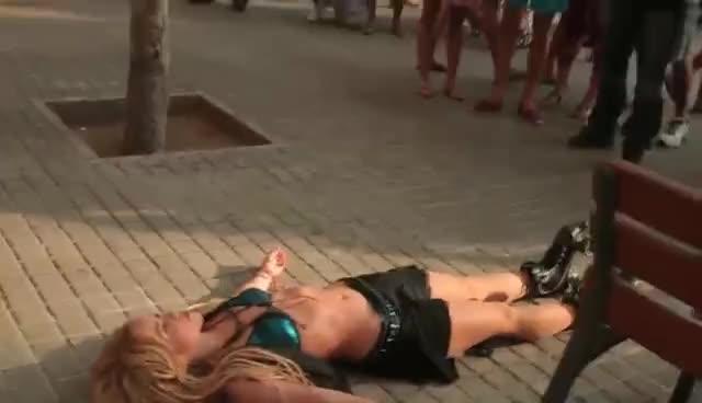 Loca, Shakira GIFs