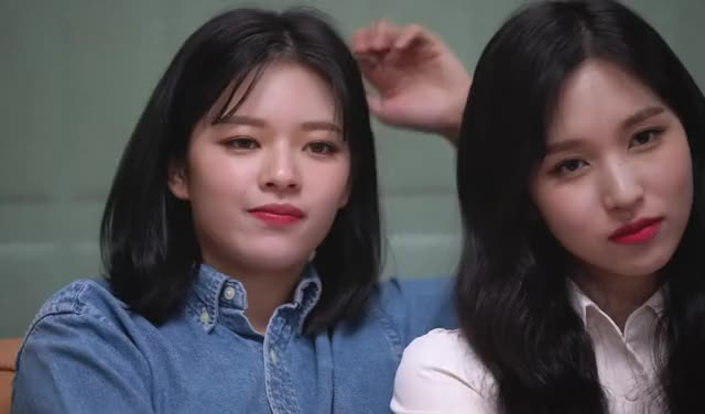 Watch and share Jeongyeon GIFs and Twice GIFs by Blueones on Gfycat