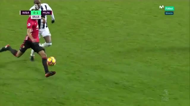 Watch and share 45 Ibrahimovic (3) GIFs by mu_goals_16-x on Gfycat