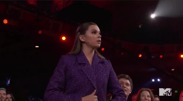 Watch this mtv awards 2017 GIF by GIF Reactions (@visualecho) on Gfycat. Discover more Hailee Steinfeld, MTV Awards, MTV Awards 2017, MTVAwards, MTVAwards2017, belle, dress, fashion, reveal GIFs on Gfycat