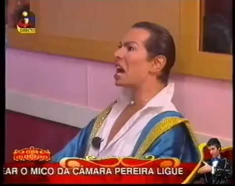 Watch and share Circo Das Celebridades - Castelo Branco Exalta-se GIFs on Gfycat