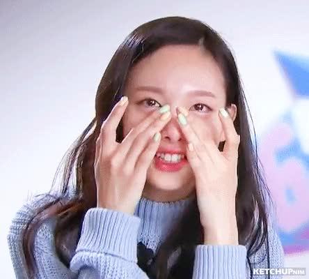 Watch and share 16EP02 (16) Nayeon Don't Cry GIFs by ketchupnim 케첩님 on Gfycat