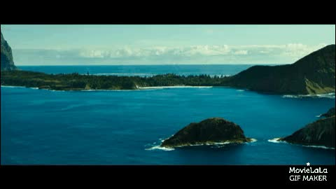 Watch The Shallows Trailer GIF by @trailer on Gfycat. Discover more croatia, movies, naturegifs GIFs on Gfycat