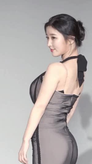 Watch and share 김나정 아나운서 드레스 GIFs on Gfycat