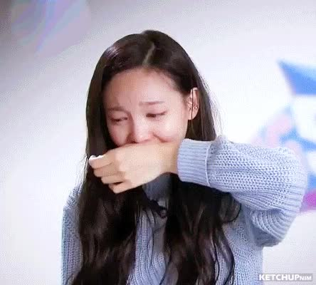 Watch and share 16EP02 (15) Nayeon Cry Disagree GIFs by ketchupnim 케첩님 on Gfycat
