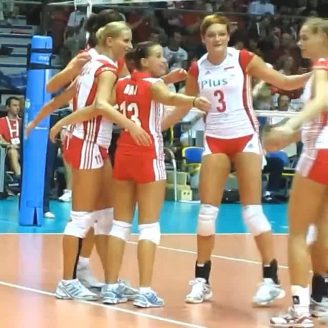 Watch Agnieszka Bednarek-Kasza @ FIVB World Grand Prix (2010) GIF on Gfycat. Discover more VolleyballGirls, volleyballgirls GIFs on Gfycat