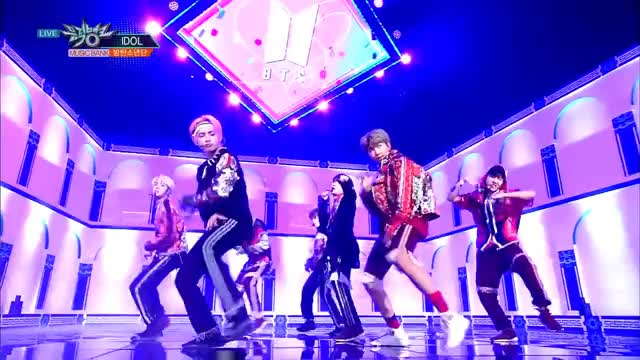 BTS (방탄소년단) - IDOL [Music Bank Hot Stage /2018 08 31] GIF