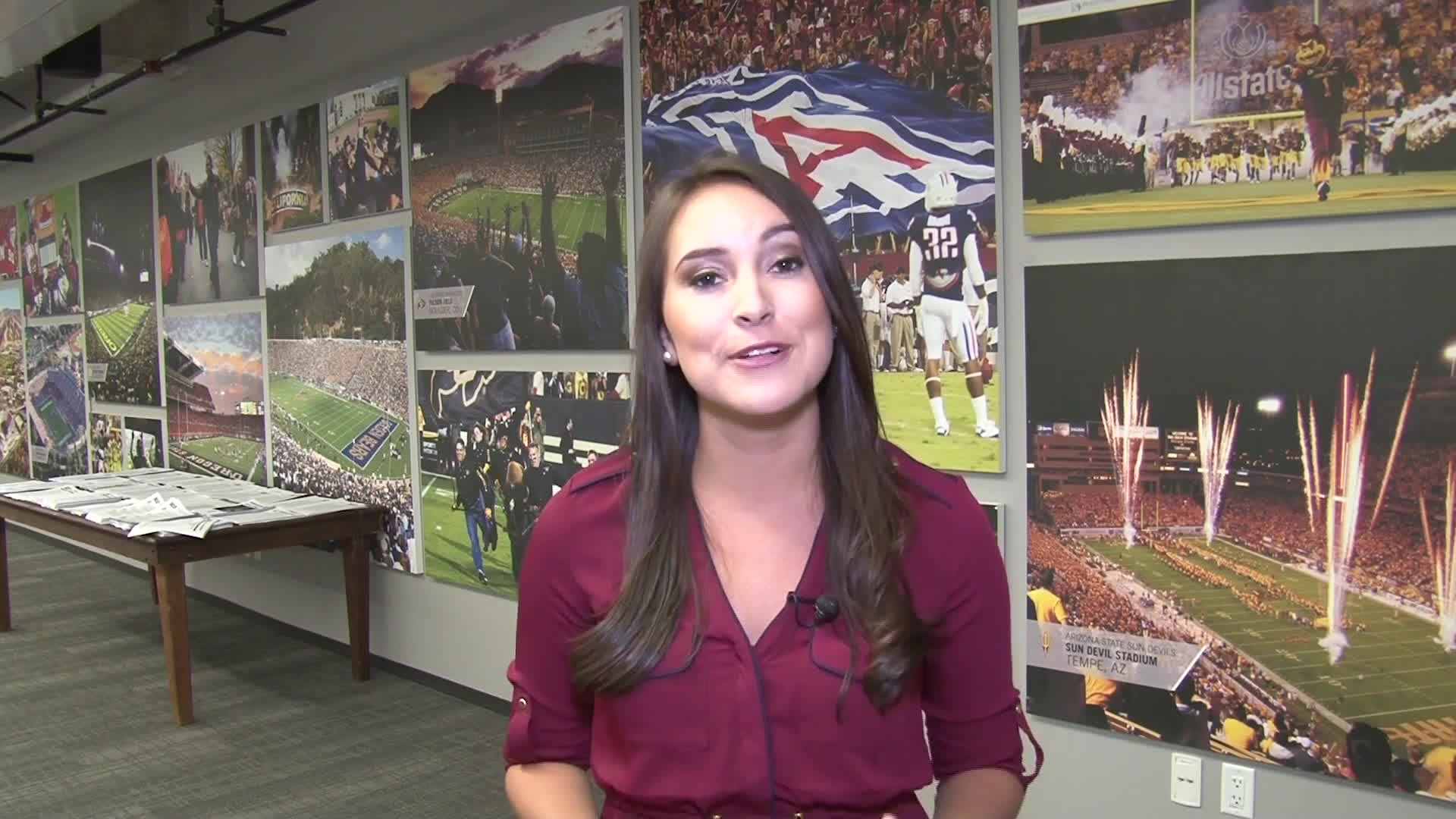 /r/newsbabes, broadcast, newsbabes, /r/NewsBabes Sports Reporter Adriana Torres GIFs