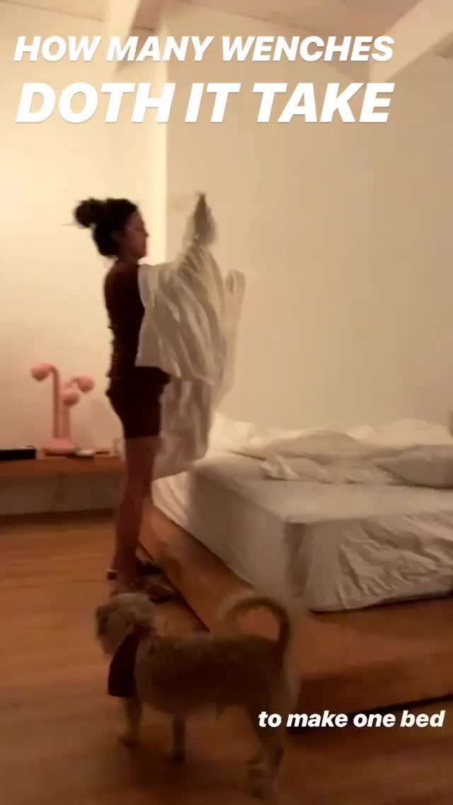 Watch and share Emrata 2018-12-18 15:20:18.641 GIFs by Pams Fruit Jam on Gfycat