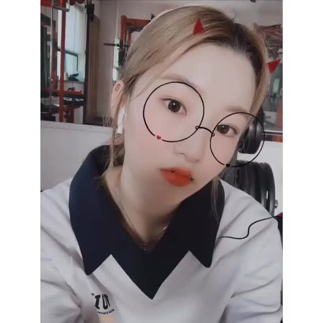 Watch and share South Korea GIFs and Girl Group GIFs by deurim8  on Gfycat