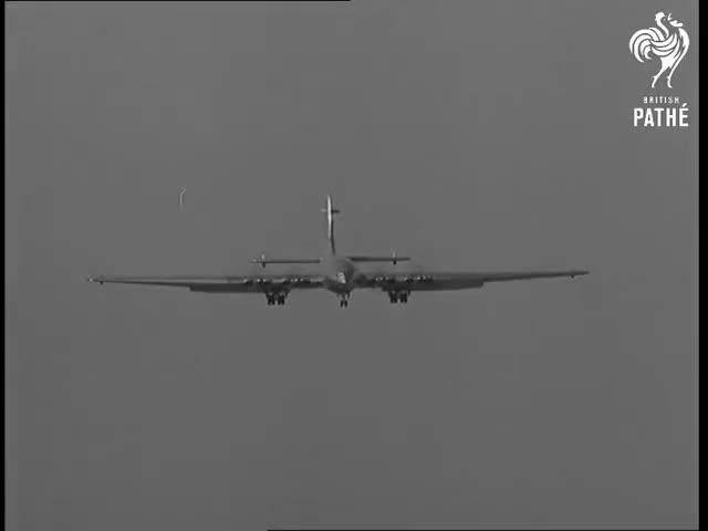 Watch 130 - Ton Colossus Takes The Air (1949) GIF on Gfycat. Discover more Avon, Brabazon, Bristol, British Pathe, BritishPathe, Filton, William, aeroplanes, newsreel, pegg GIFs on Gfycat