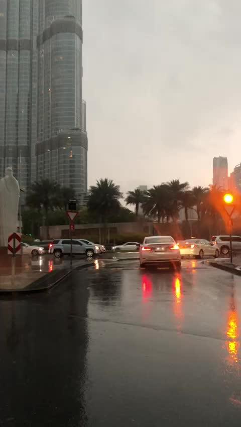 Lightning , Borj Khalifa , Dubai, borj khalifa, dubai, Lightning , Borj Khalifa , Dubai GIFs