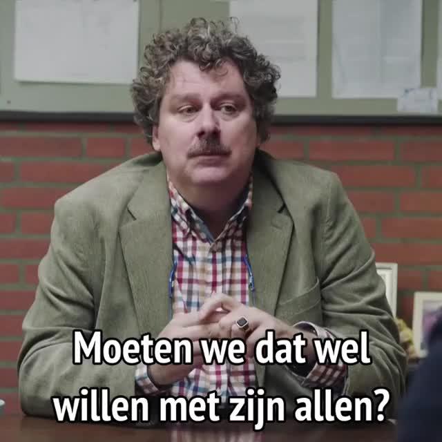Watch and share Luizenmoeder - Moeten We Dat Nou Wel Willen Met Zijn Allen? GIFs by MikeyMo on Gfycat